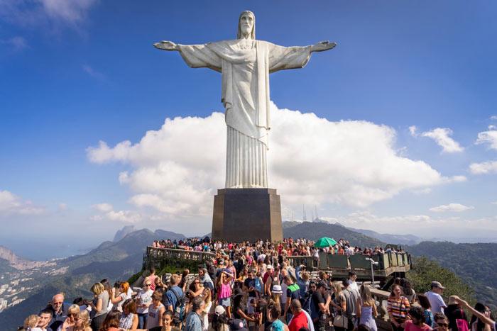 Kurtarıcı İsa Heykel, Brezilya  Özgürlük Anıtı