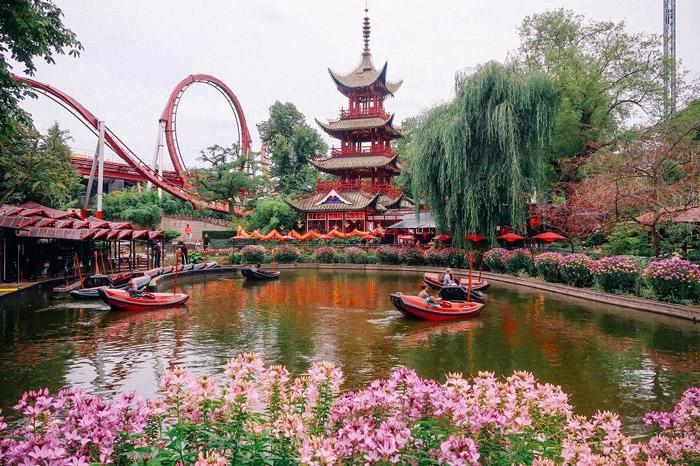 Danimarka Tivoli Eğlence Parkı
