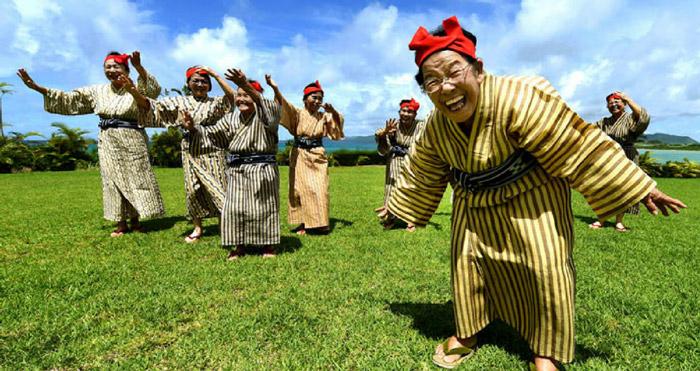 Okinawa'da Bir gün nasıl geçiyor?