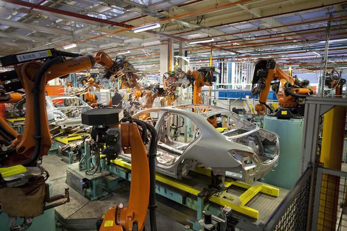Araba tasarımı ve üretimi gövde montajı